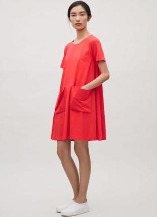 Очень красивое стильное красное платье a-фасона