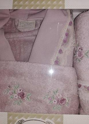 Женский подарочный набор халат ,полотенца,турция