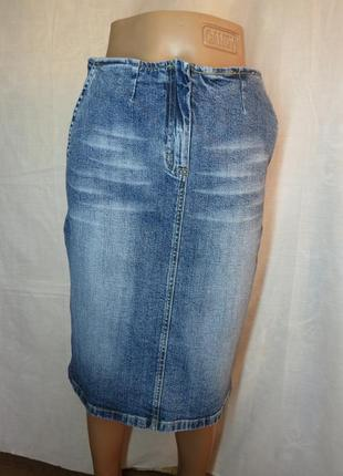 Стильная джинсовая юбка миди