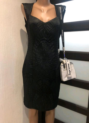 Стильное брэндовое чёрное коктейльное платье мини