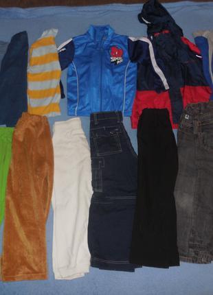 Много вещей 5-6 лет,  куртка, свитер и другое, цена за всё вместе