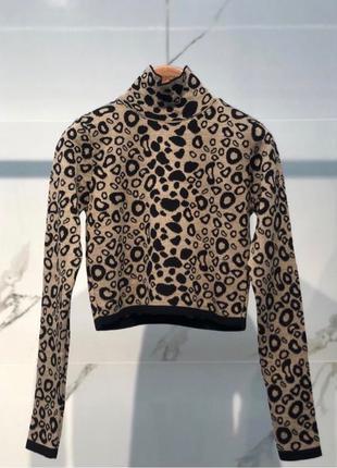 Укороченый свитер мода 2020 гольф водолазка