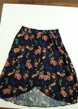 Фирменная очень красивая льняная юбка
