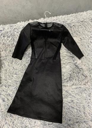 Платье чёрное с сеткой