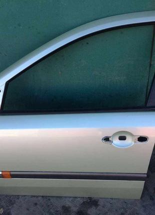 Б/у дверь передняя левая 7751471658 Renault Laguna 2, Рено Лагуна