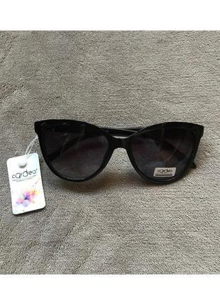 Новые женские солнцезащитные очки