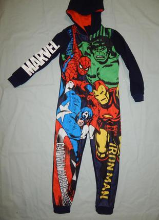 Пижама флисовая слип человечек  6-7 лет marvel comics