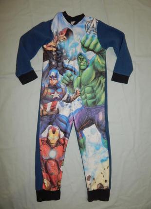 Пижама флисовая слип человечек на 4-5 лет 110 см avengers