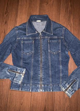 Джинсовая куртка пиджак