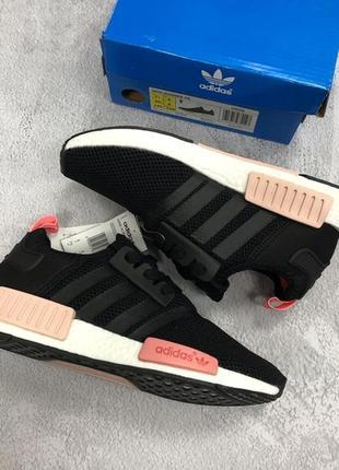 Женские стильные кроссовки адидас adidas nmd black