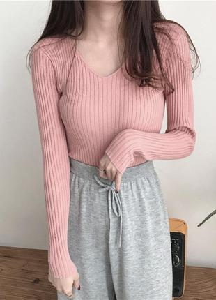 Трикотажный и чуть пушистый пуловер в рубчик розовый ms