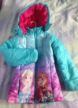 Осенняя курточка на девочку 5-6 лет