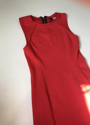Облегающее платье красное h&m короткое вечернее
