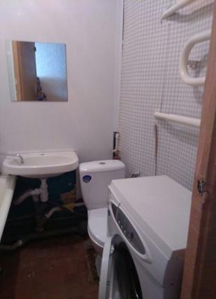Сдам одно комнатную квартиру на Салтовке ул Тракторостроителей 95