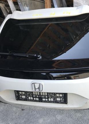 Крышка багажника дверь задняя Honda Civic 5D Хонда сивик цивик 20