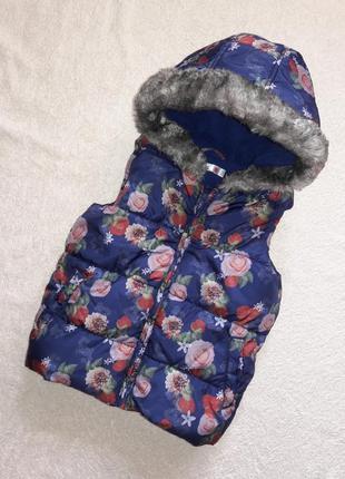 Теплый жилет, жилетка, безрукавка на 5-6 лет в цветочный принт