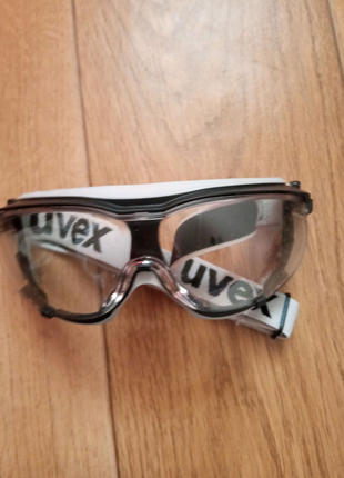 Очки защитные закрытые Uvex