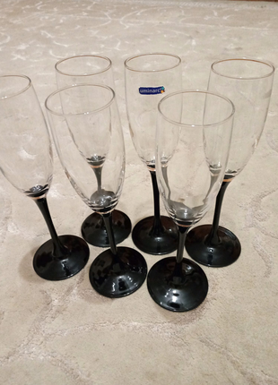 Набор бокалов Luminark на чёрной ножке для вина или шампанского