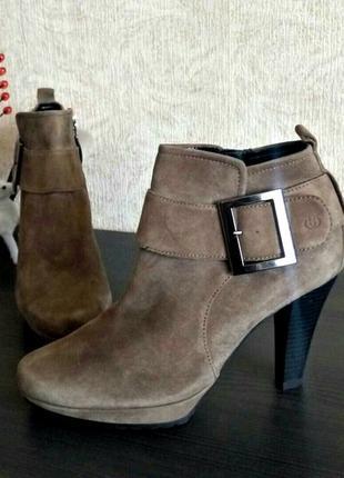 Новые замшевые ботинки, ботильоны от Gerry weber Германия
