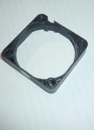 Пластмассовая часть от куллера 40х40 мм.