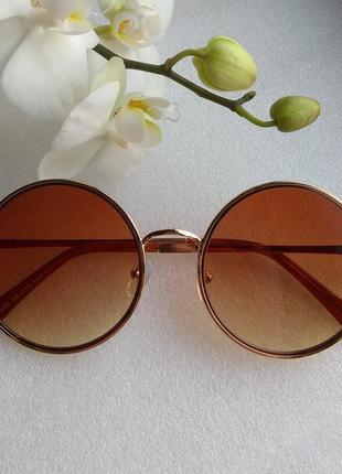 Новые модные очки круглые, коричневые