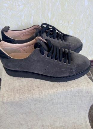 Женские повседневные кроссовки