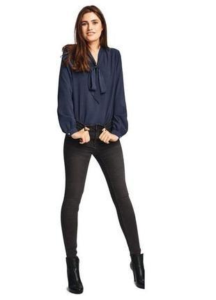 Синяя блуза с длинным рукавом коллекция хайди клум