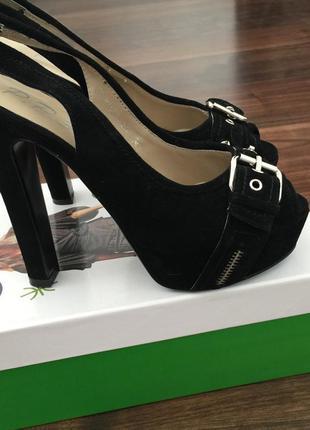 Босоножки натуральный замш/ туфли замшевые на каблуке