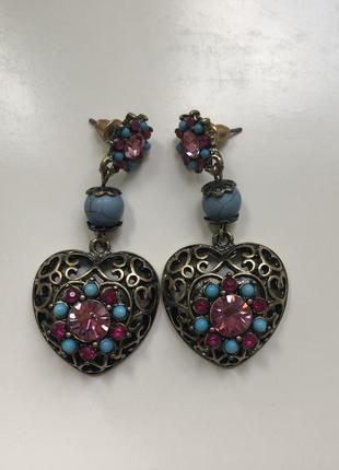 Серьги сережки большие с камнями сердце
