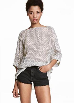 Оригинальная широкая блузка от бренда h&m разм. 42