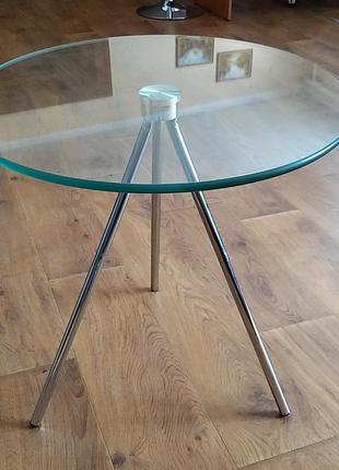 Стол журнальный ТРИ, стеклянная столешница