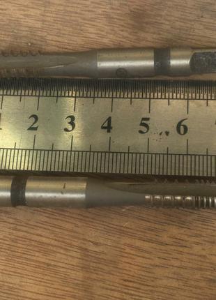 Метчик правый м/р М 8х1,75 через шаг Р6М5 штучный СССР