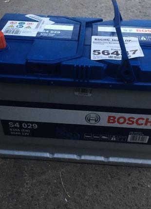 Аккумулятор BOSCH 95 ампер плюс левый стандартные клемы Азиат