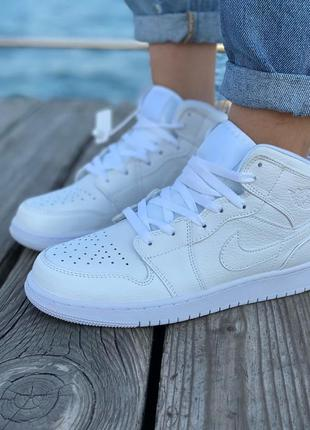 Кроссовки nike air jordan retro high