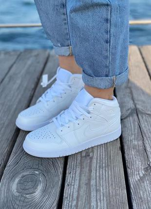Кроссовки air jordan retro white