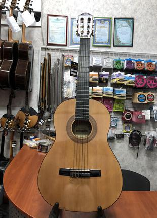 (4267) Классическая Гитара 3\4 Hohner как Новая