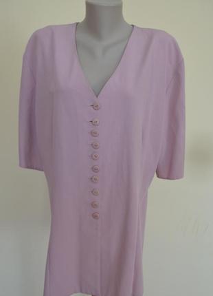 Красивая удлиненная блуза или легкий жакет лилового цвета боль...