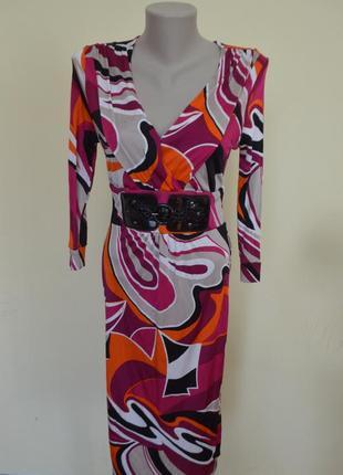 Шикарное трикотажное красочное платье из вискозы с пряжкой дли...