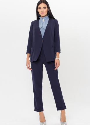 Женский костюм жакет и брюки