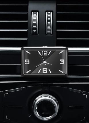 Стильные часы для салона автомобиля - черный циферблат