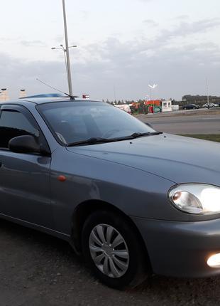 2011 Daewoo Lanos SE