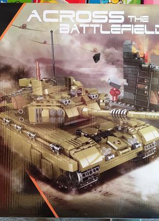 Конструктор Xingbao 06015 Боевой тяжелый Танк Scorpio Tiger Tank