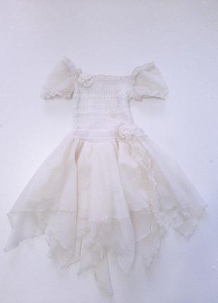 Платье молочное для девочки р.116-122 на 5-6 лет