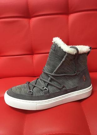 Стильние ботинки scechers оригинал р-37