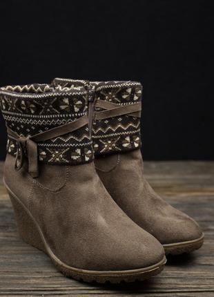 Акция!! стильные демисезонные ботинки casual р-36
