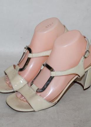 Lorbac итальянские кожаные босоножки 39 размер