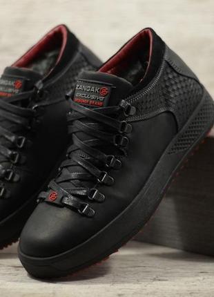 Мужские кожаные зимние кроссовки ботинки на меху