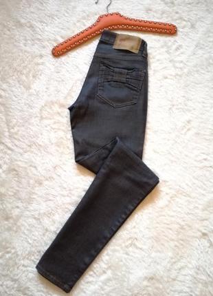 Red valentino джинсы женские оригинал размер 28