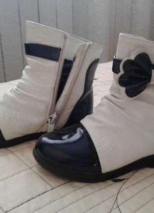 Красивые ботиночки 28 р ,стелька 17 см