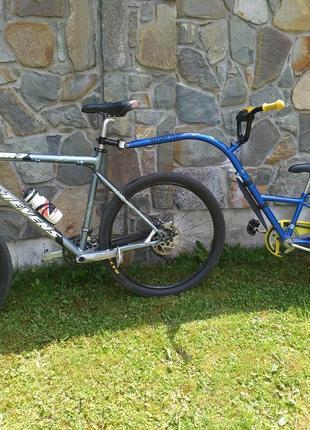 Причіп для велосипеда/Прицеп для велосипеда